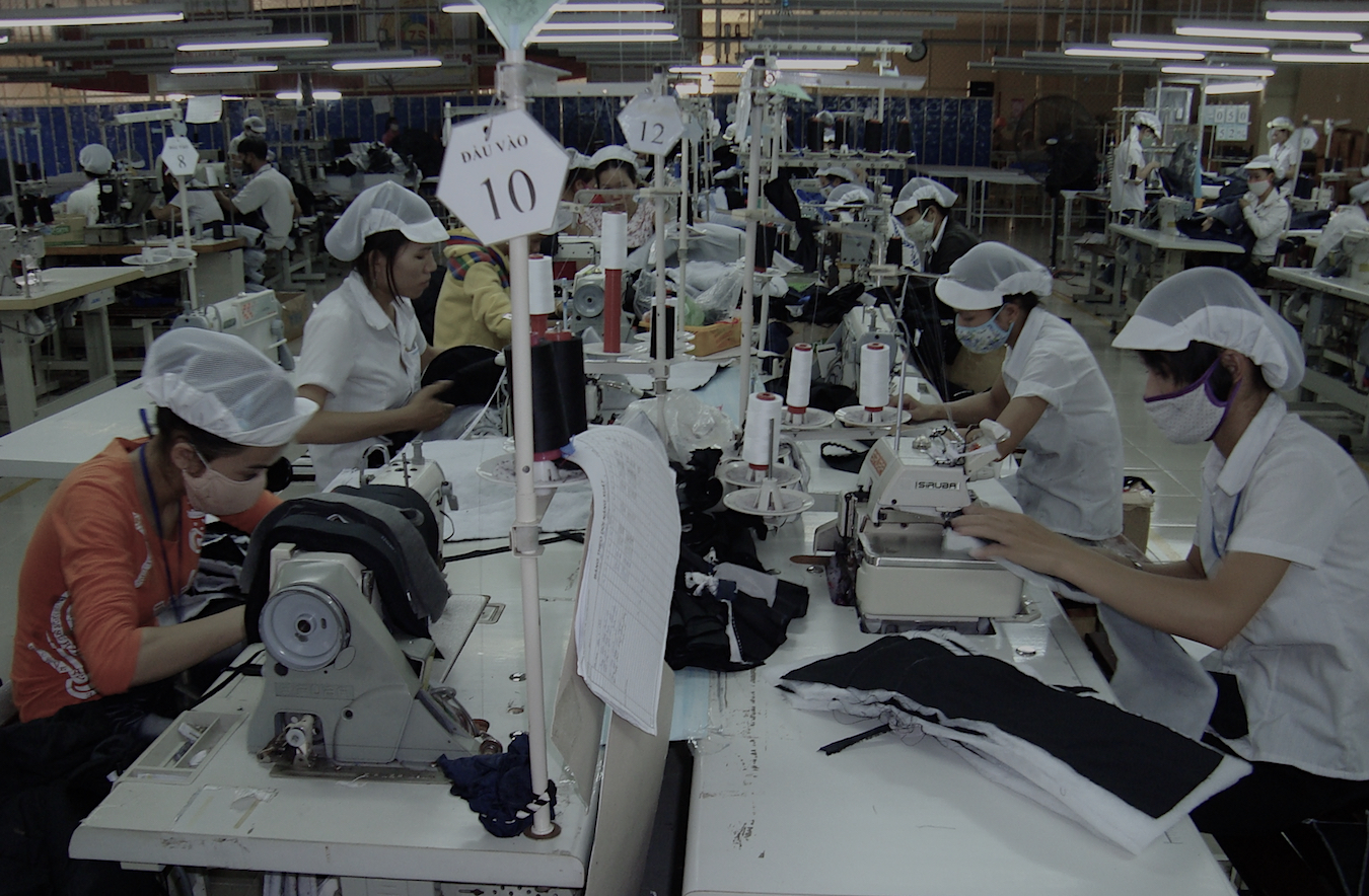 Usine Industrie Textile Salaire Travail Vietnam. Photo (c) DR